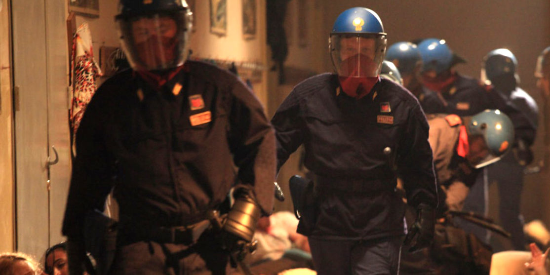 Diaz-Dont-Clean-Up-This-Blood-2012-Daniele-Vicari-07