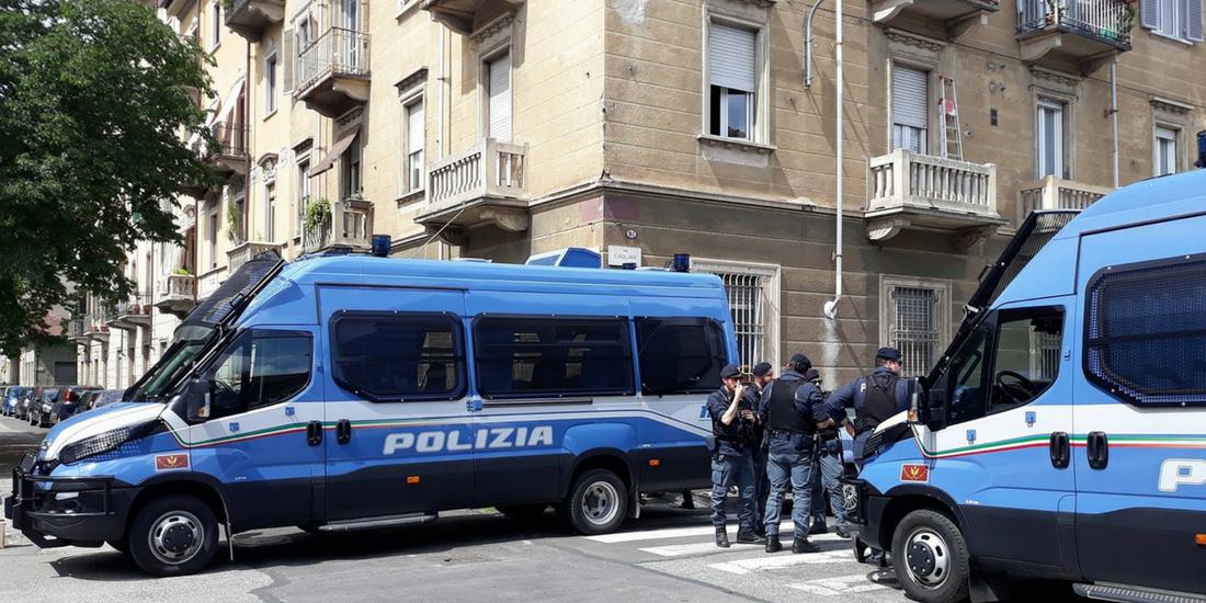 Sgomberato Manituana a Torino