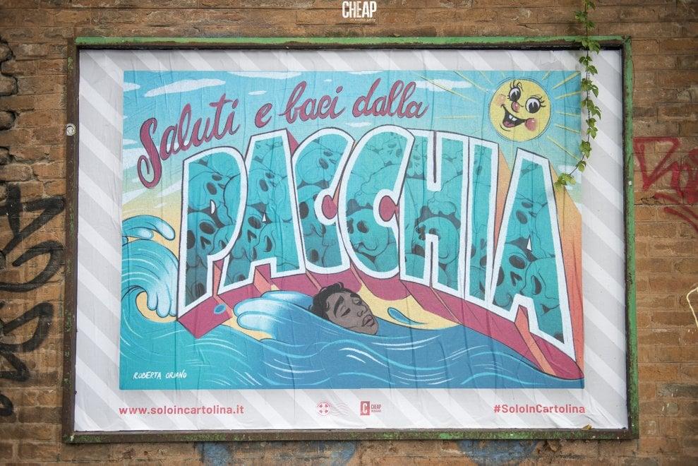 Cartoline sui muri di Bologna
