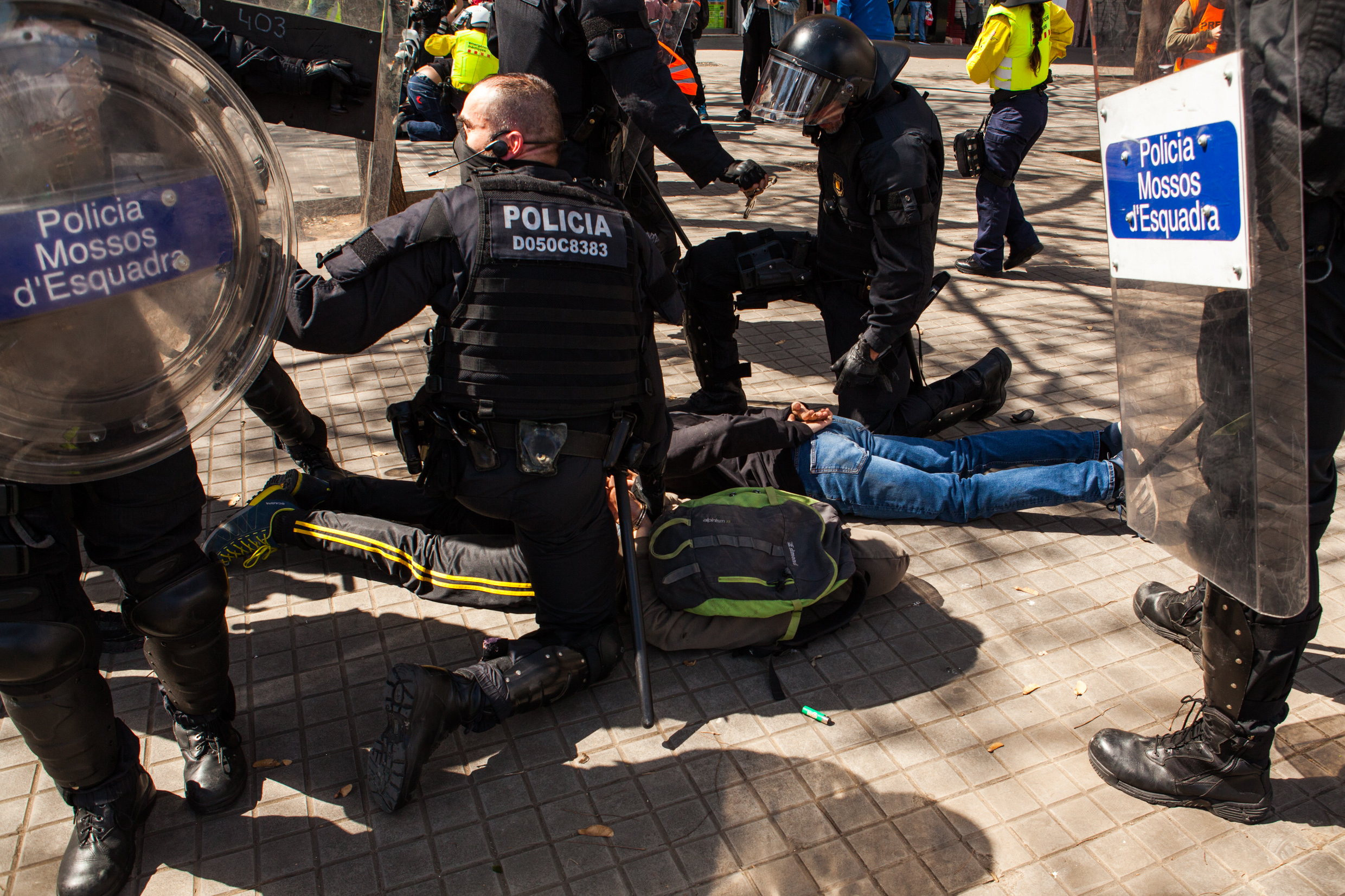 Antifascists arrested by catalan police.