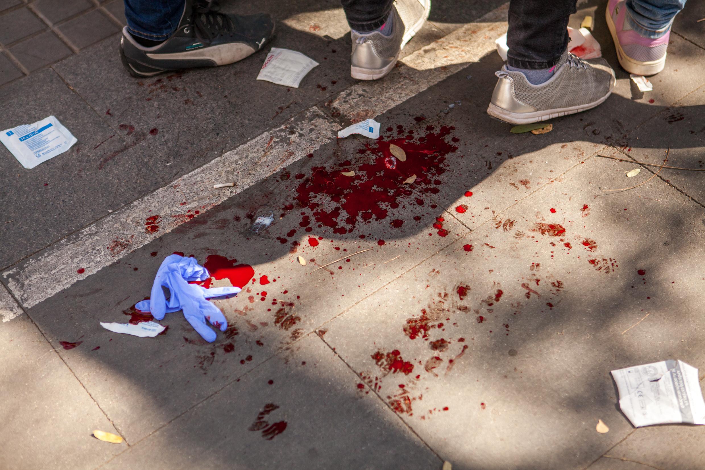 VOX supporter beaten up by antifascists. Barcelona