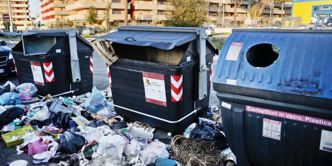 25-rome-garbage.w700.h467.2x