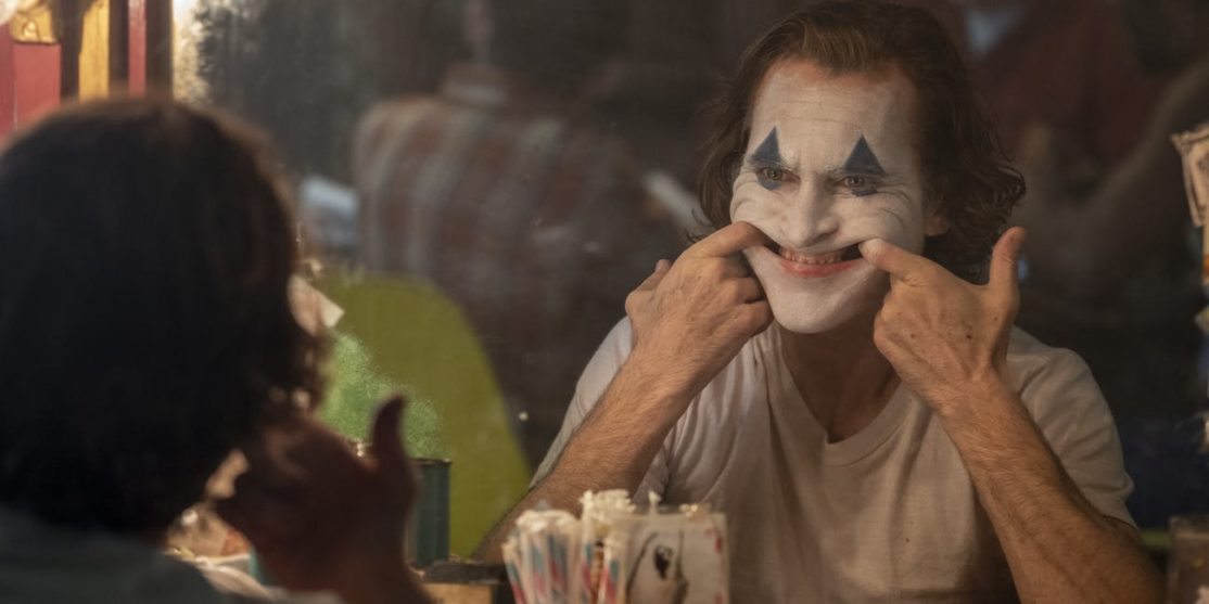 joaquin-phoenix-in-joker-2019