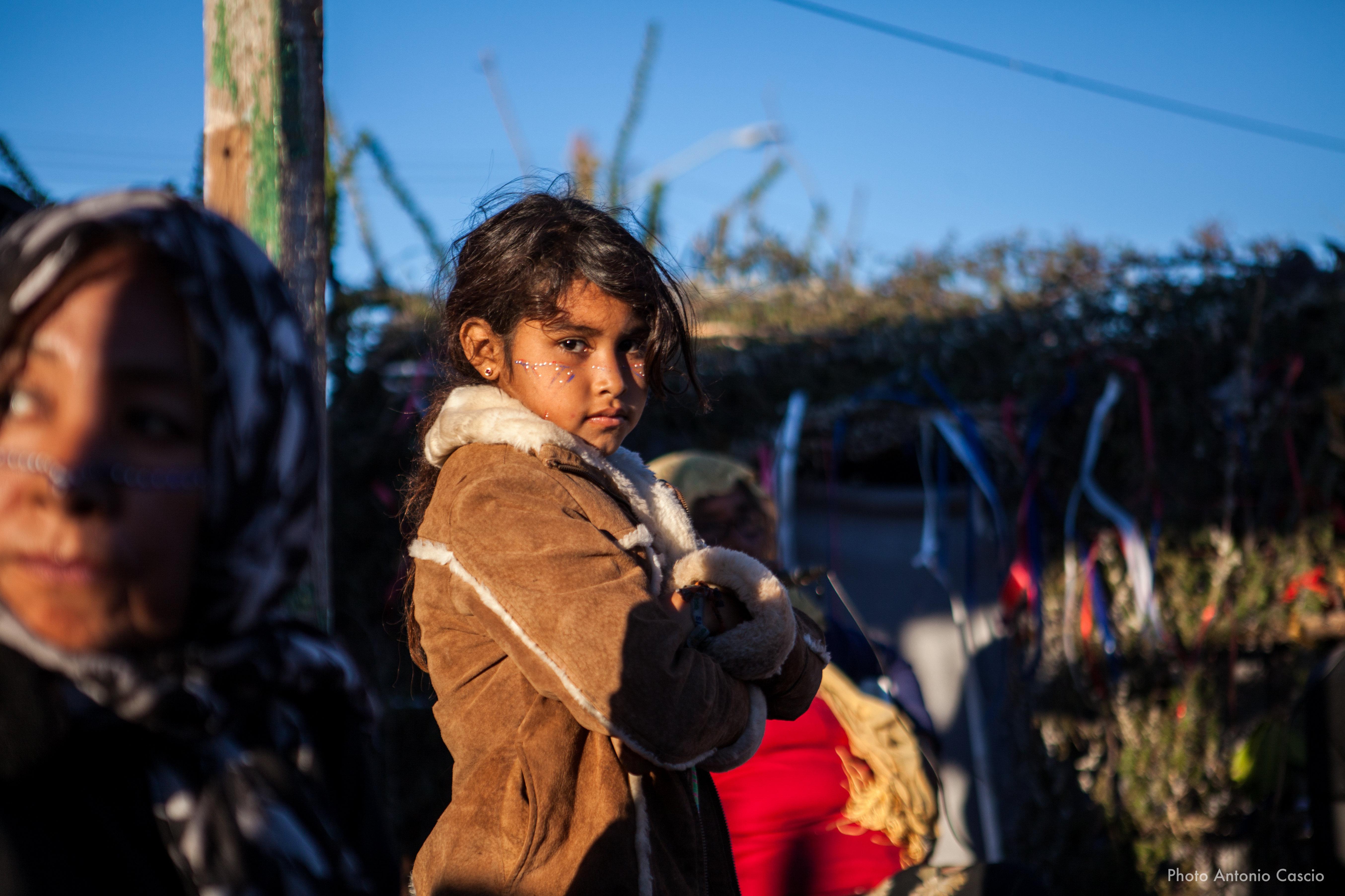 Bambina durante la festa della pubertà. Punta Chueca, Sonora, Mexico. 10/12/19