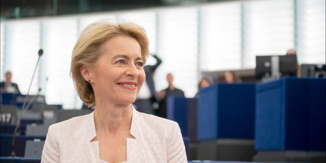 Ursula_von_der_Leyen_presents_her_vision_to_MEPs_(48298975687)