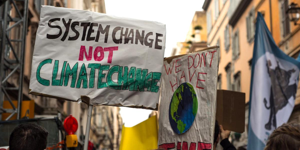 [fonte: https://www.dinamopress.it/news/giustizia-climatica-lotte-operaie-nella-pandemia-note-convergenza-possibile/]