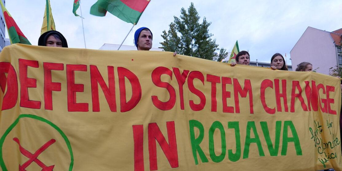 1280px-Rojava_solidarity_demonstration_Berlin_2019-11-02_83