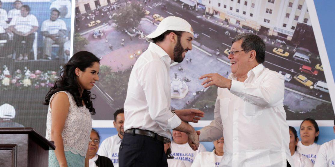 Alcalde de San Salvador , Nayib Bukele y José Luis Merino de Alba Petroleos..