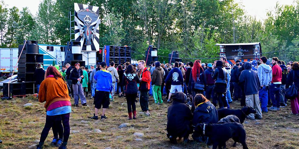 rave wikicommons