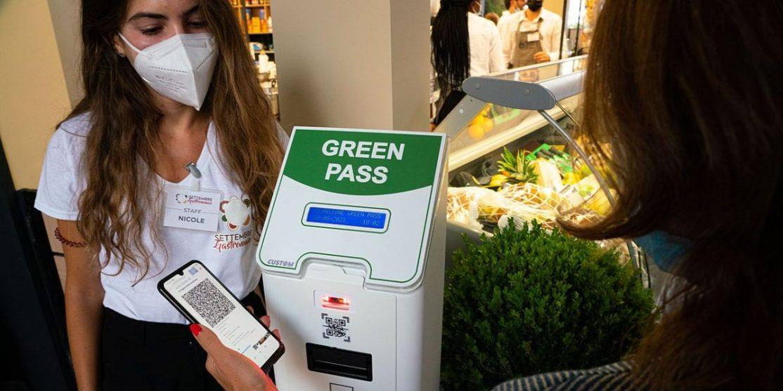 Green_Pass_(2021)